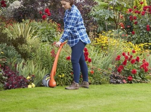 Using A Flymo Electric Grass Trimmer In Your Garden